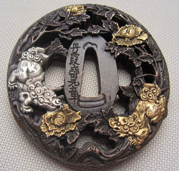 Rare Exquisite Tsuba/Flowers,Lion,Copper Japanese Samurai Sword