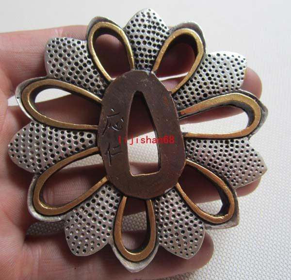 Tsuba/Flower/Solid Copper Japanese Samurai Sword Katana